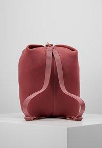 Reebok - Sports bag - rose dust - 5