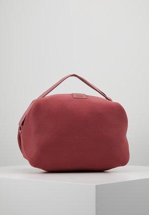 Sportovní taška - rose dust