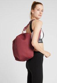 Reebok - Sports bag - rose dust - 1