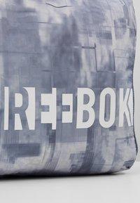 Reebok - ELEM GRIP - Sportovní taška - washed indigo - 6