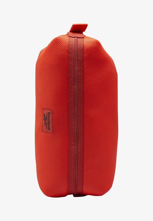 MEET YOU THERE IMAGIRO BAG - Schoudertas - orange