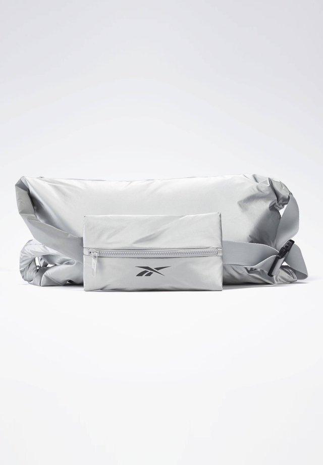 STUDIO IMAGIRO BAG - Borsa a tracolla - silver