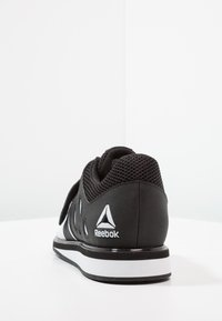 Reebok - LIFTER PR TRAINING SHOES - Sportovní boty - white/black - 3