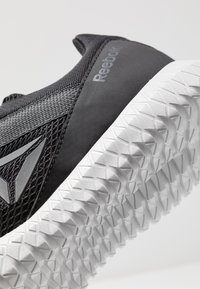 Reebok - FLEXAGON ENERGY PERFORMANCE SHOES - Sportschoenen - black/cold grey - 5