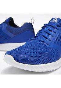 Reebok - REEBOK SUBLITE PRIME SHOES - Neutral running shoes - blue - 7