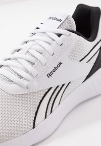 Reebok - LITE 2.0 - Obuwie treningowe - white/black - 5