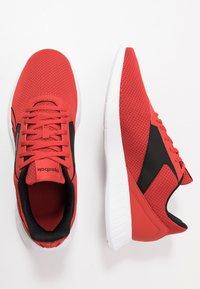 Reebok - LITE 2.0 - Zapatillas de entrenamiento - legend activ red/white/black - 1
