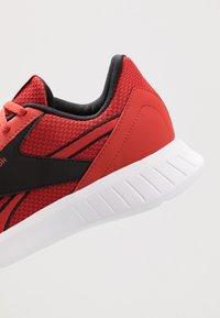 Reebok - LITE 2.0 - Zapatillas de entrenamiento - legend activ red/white/black - 5