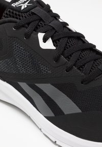 Reebok - RUNNER 4.0 - Zapatillas de running neutras - black/grey/white - 5