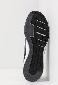 Reebok - RUNNER 4.0 - Zapatillas de running neutras - black/grey/white - 4