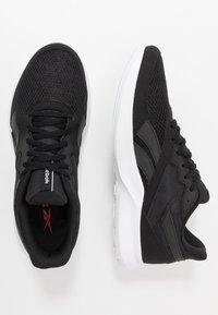 Reebok - QUICK MOTION 2.0 - Neutrální běžecké boty - black/white - 1
