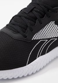 Reebok - FLEXAGON ENERGY TR 2.0 - Chaussures d'entraînement et de fitness - black/white - 5