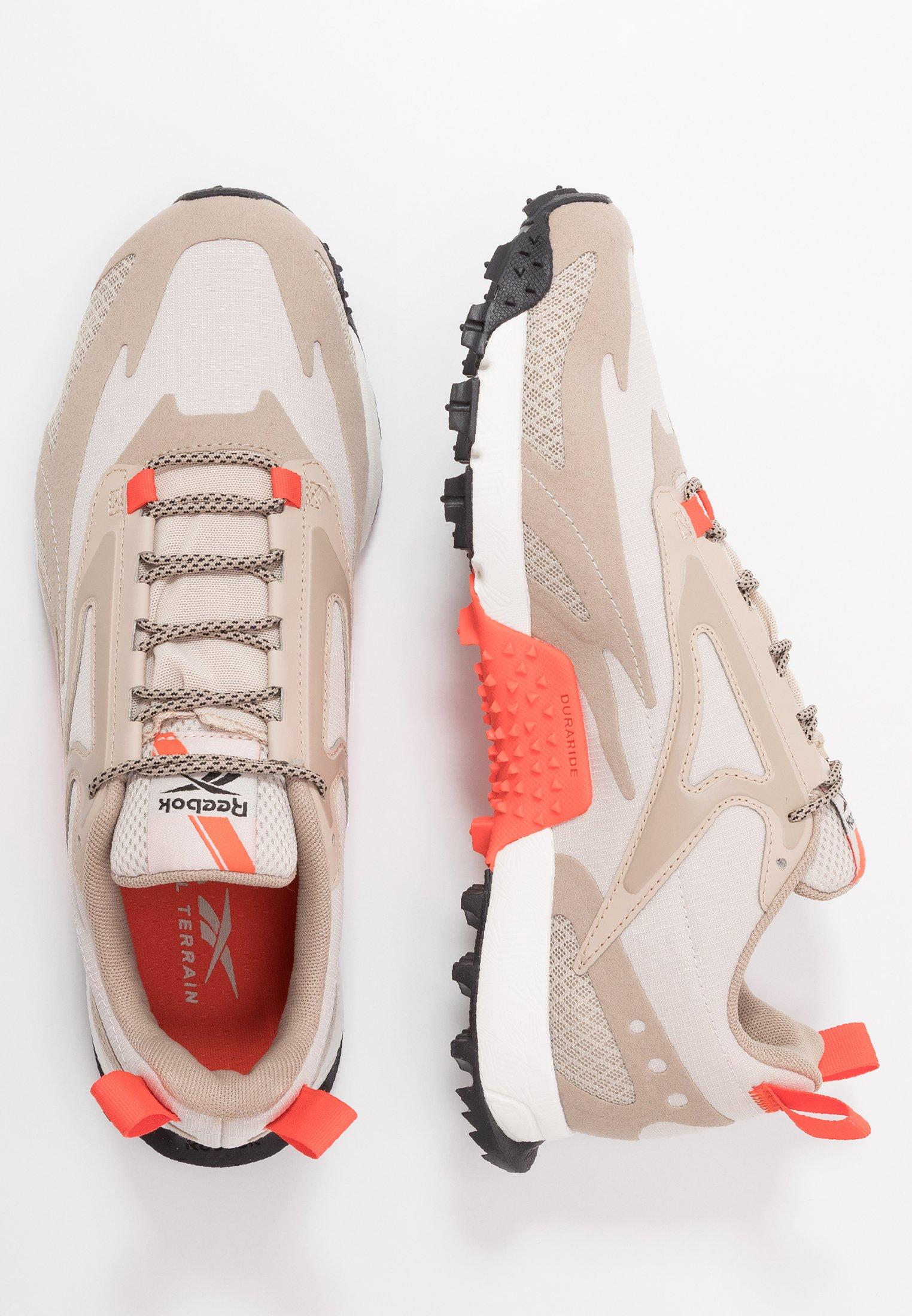 Reebok CRAZE 2.0 - Chaussures de running - beige