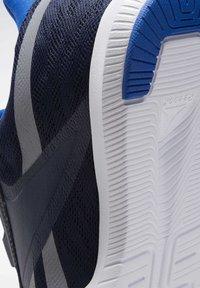 Reebok - REEBOK REAGO PULSE 2.0 SHOES - Chaussures d'entraînement et de fitness - blue - 5