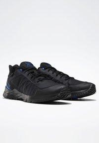 Reebok - ASTRORIDE TRAIL GTX 2.0 SHOES - Chaussures de marche - black - 2