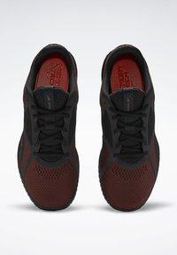 Reebok - Chaussures d'entraînement et de fitness - burgundy - 1