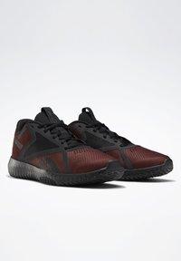 Reebok - Chaussures d'entraînement et de fitness - burgundy - 2