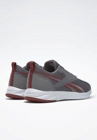 Reebok - REEBOK ASTRORIDE ESSENTIAL 2.0 SHOES - Chaussures de running neutres - grey - 3