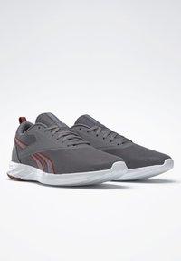 Reebok - REEBOK ASTRORIDE ESSENTIAL 2.0 SHOES - Chaussures de running neutres - grey - 2