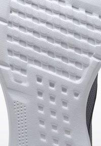 Reebok - REEBOK LITE 2.0 SHOES - Neutral running shoes - grey - 8