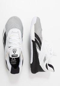 Reebok - NANO X - Sportschoenen - black/white - 1