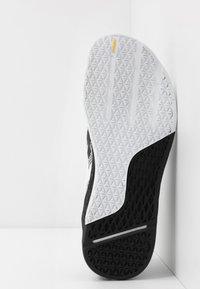 Reebok - NANO X - Sportschoenen - black/white - 4