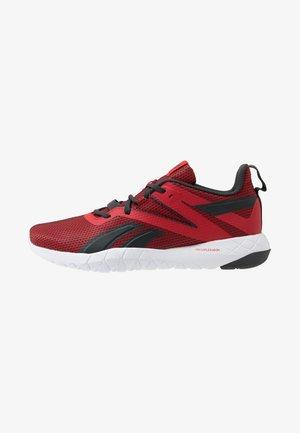 MEGA FLEXAGON - Sportovní boty - red/grey/white