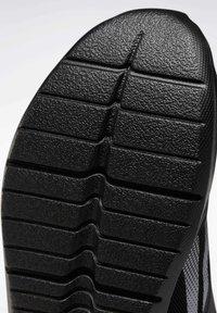 Reebok - REEBOK ENERGYLUX 2.0 SHOES - Neutral running shoes - black - 8