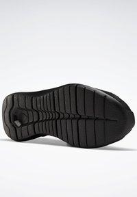 Reebok - REEBOK ENERGYLUX 2.0 SHOES - Neutral running shoes - black - 5