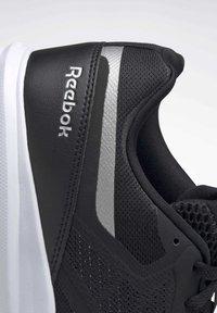 Reebok - REEBOK RUNNER 4.0 SHOES - Obuwie do biegania Stabilność - black - 8