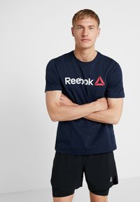 Reebok - TRAINING ESSENTIALS LINEAR LOGO - T-shirt sportiva - blue - 0