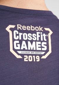 Reebok - TEE  - Camiseta estampada - dark blue - 5