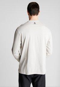 Reebok - TEE - Långärmad tröja - stone - 2
