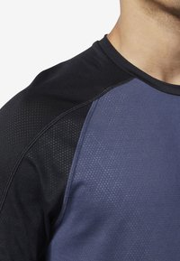 Reebok - ONE SERIES TRAINING SMARTVENT TOP - T-shirt à manches longues - heritage navy - 2