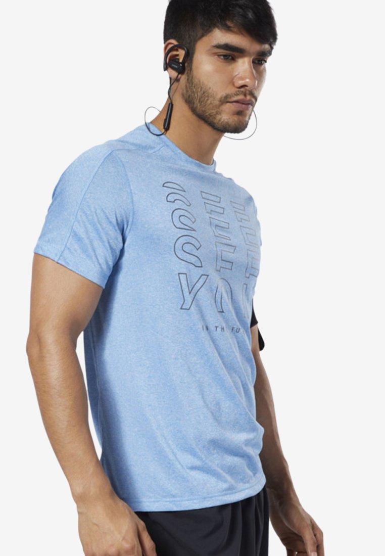 Reebok - ONE SERIES RUNNING REFLECTIVE MOVE TEE - Print T-shirt - blue