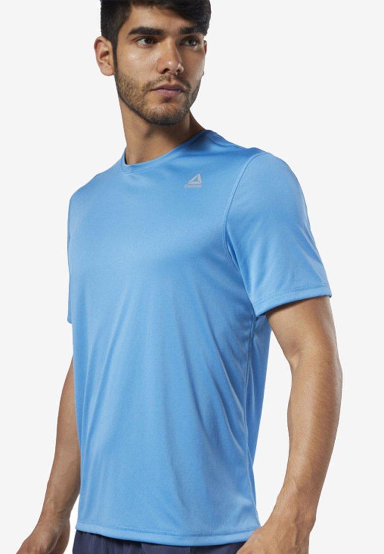 Reebok - RUN ESSENTIALS TEE - T-Shirt basic - blue