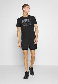 Reebok - LOGO TEE - T-shirt imprimé - black - 1