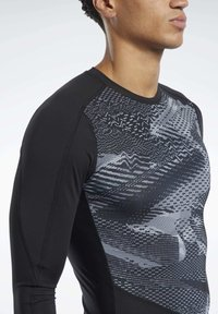 Reebok - GRAPHIC COMPRESSION TEE - Long sleeved top - black - 3