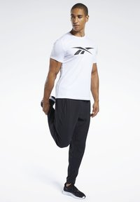 Reebok - WORKOUT READY TEE - Print T-shirt - white - 1