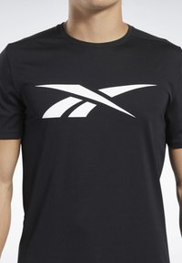 Reebok - WORKOUT READY TEE - T-Shirt print - black - 4