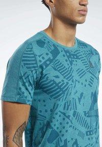 Reebok - REEBOK  MOVE TEE - T-shirts print - teal - 3