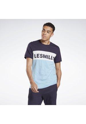 LES MILLS® TEE - T-shirt print - purple