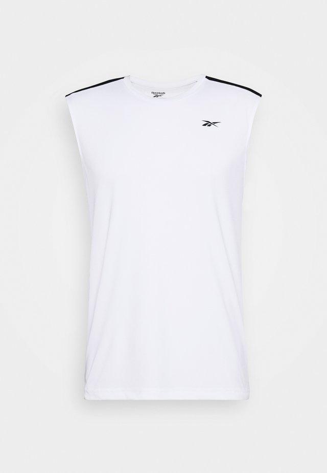 TECH TEE - T-shirt sportiva - white