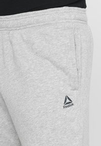 Reebok - Pantalones deportivos - medium grey heather - 4