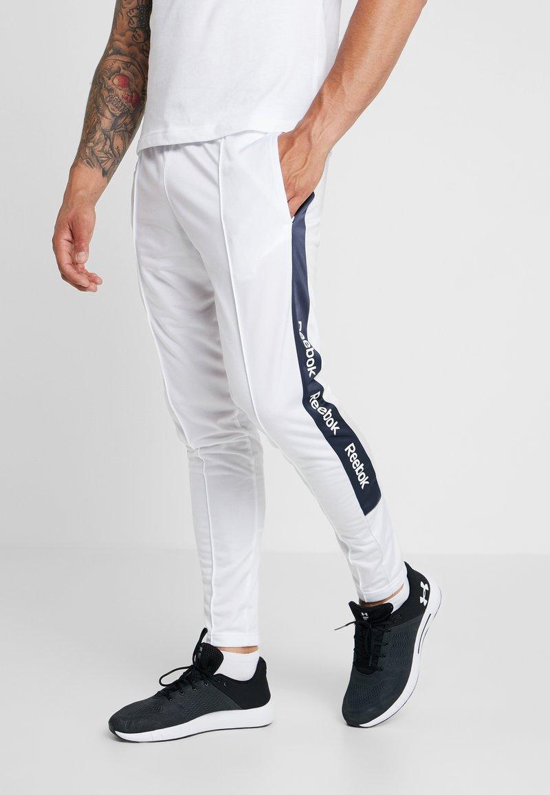 Reebok - TRAINING ESSENTIALS TRACK PANTS - Jogginghose - white
