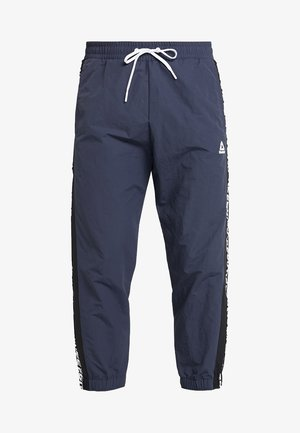 MEET YOU THERE TRAINING 7/8 JOGGER PANTS - Tracksuit bottoms - navy