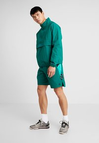 Reebok - ONE SERIES TRAINING SHORTS - Pantaloncini sportivi - green - 1