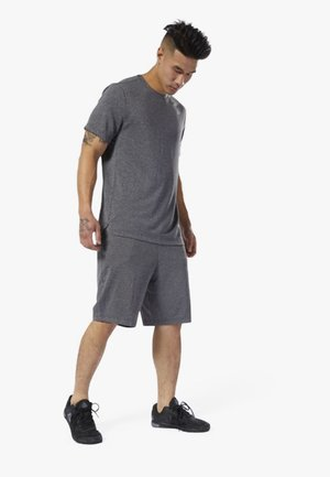 WOR KNIT PERFORMANCE SHORTS - Shorts - black