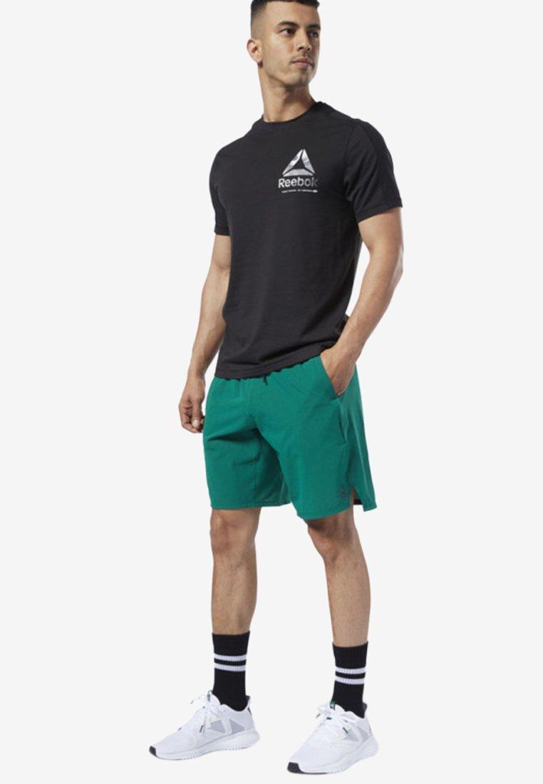 Reebok - ONE SERIES TRAINING EPIC SHORTS - Short de sport - clover green