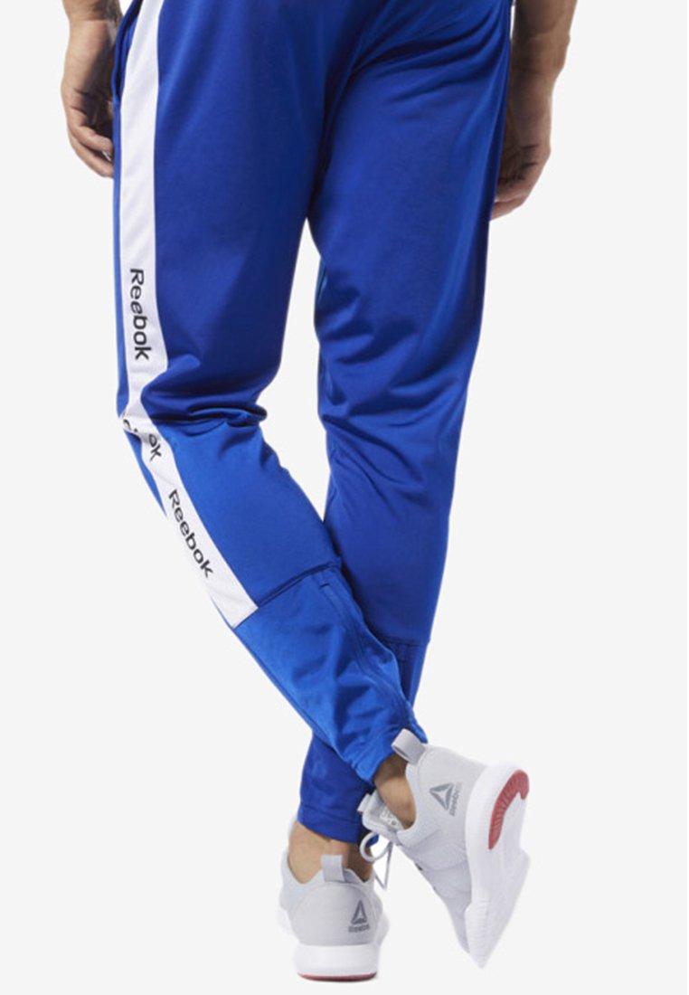 Blue Reebok Training Sportivi PantsPantaloni Essentials Logo Trackster cK1TJlF